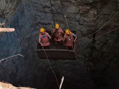 Rescue Personnel Using Hooks, Ropes In Bid To Reach Miners Trapped in Meghalaya