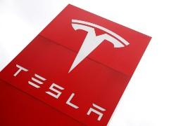 Tesla Begins Hiring Top Executives In India