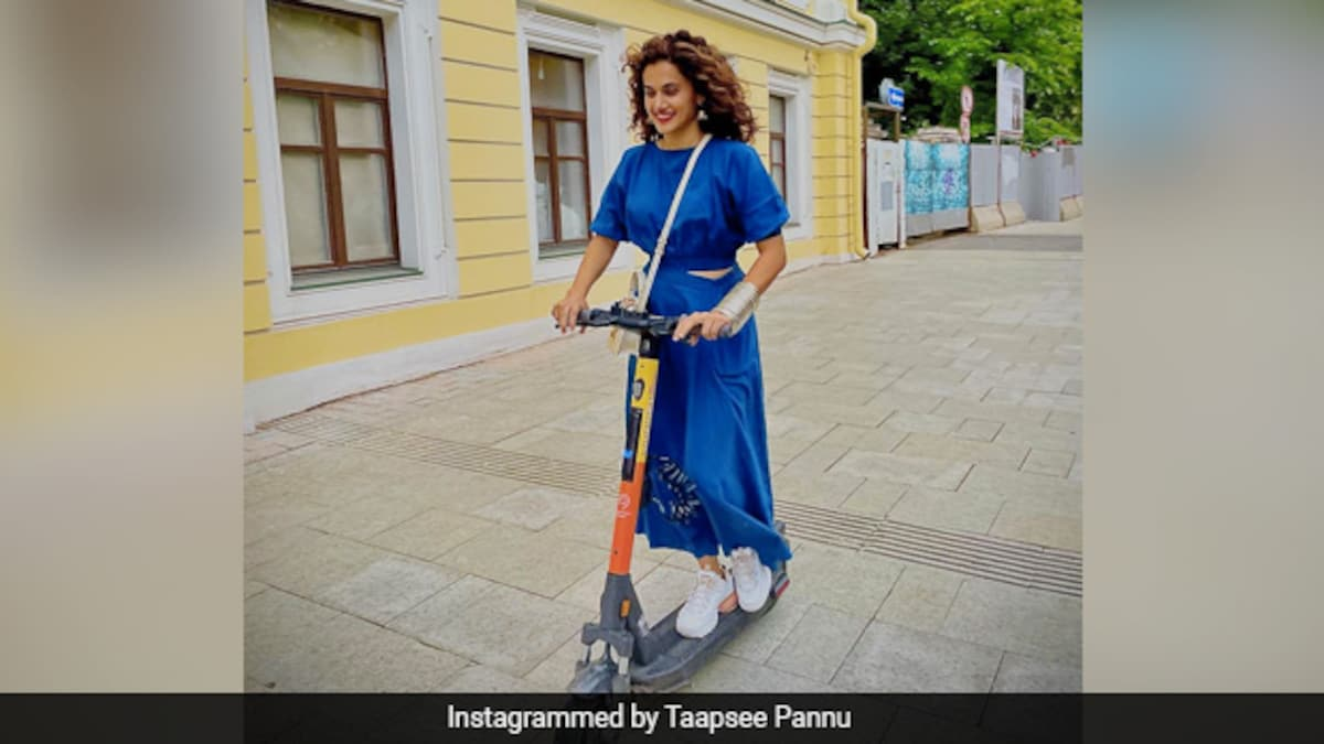 Photo of Coffee, Croissant, View And More: Taapsee Pannu Is Giving Us Major Vacation Goals From Moscow (See Pics)