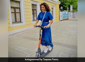 Coffee, Croissant, View And More: Taapsee Pannu Is Giving Us Major Vacation Goals From Moscow (See Pics)