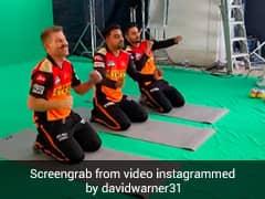 David Warner Dances With Rashid Khan And Manish Pandey. Watch