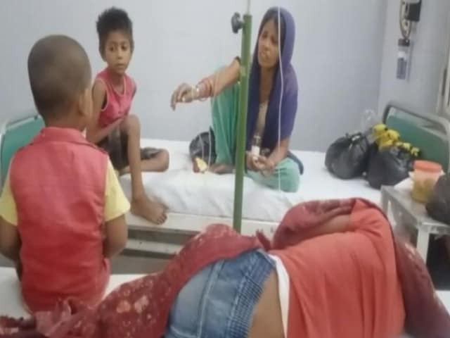Video : UP Woman, 5 Children Went Hungry For 2 Months; No Ration, Aadhaar Cards