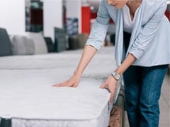7 Top Mattresses To Support Your Back And Neck For Sweet Dreams Through The Night