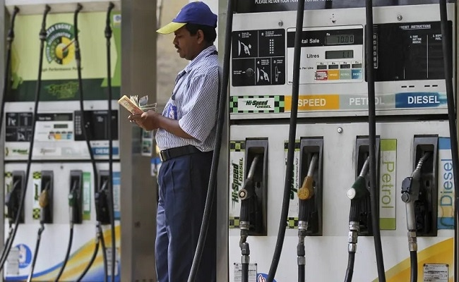 Fuel Prices Hiked For Third Straight Day; Diesel Breaches Rs. 102/Litre Mark In Mumbai