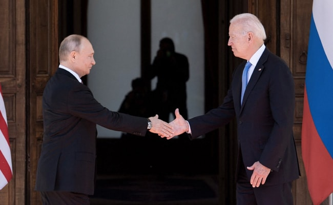 Should World Stop Shaking Hands After Covid? What Experts Say