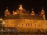 Video : Watch Golden Temple Illuminates On Birth Anniversary Of Guru Hargobind
