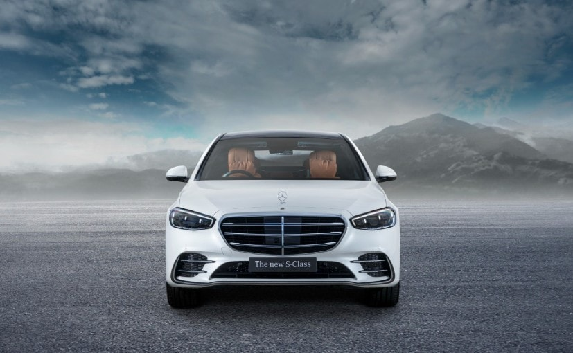 Tech Check: Three Features That Make The New Mercedes S-Class Cutting Edge