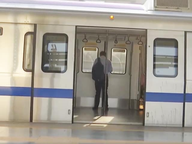 Video : Delhi 'Unlock': Metro Services Resume With Strict Covid SOPs