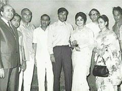 Hema Malini With Dev Anand And BR Chopra In A Throwback Pic From 1969