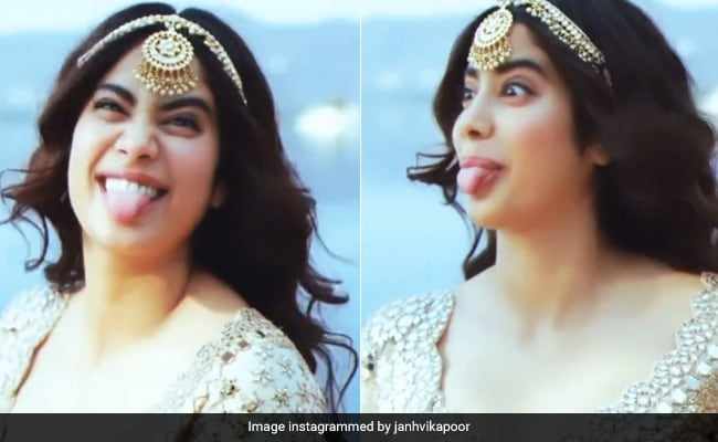 Janhvi Kapoor Can't Stop Messing Around In This BTS Video