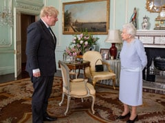 Queen Elizabeth II Holds First 'Live' Audience With British PM Sinch March 2020