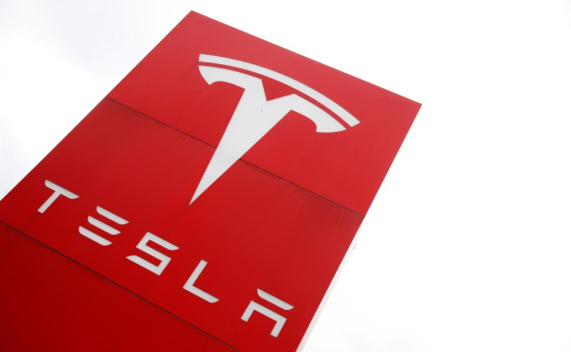 Book Claims Tim Cook Spoke to Musk About Acquiring Tesla