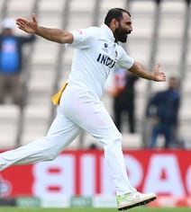 'Ranveer Singh Acting As...': Fans React To Shami Wearing Towel On Field