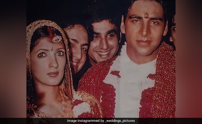 Viral: Akshay Kumar And Twinkle Khanna's Unseen Pics From Their Wedding Album