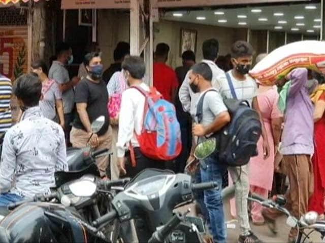 "Video : ""Will Hasten 3rd Wave"": High Court Flags Violations As Delhi Unlocks"