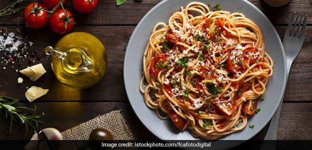 स्पेगेटी इन अराबियता सॉस