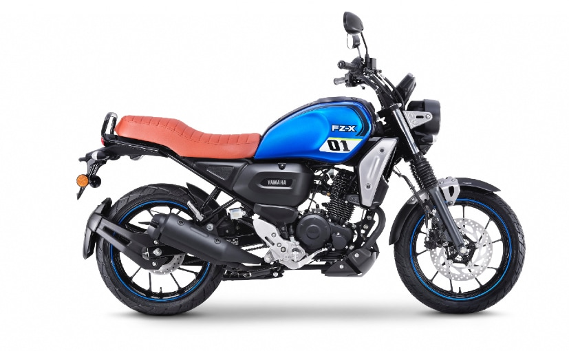 Official accessories are basic but functional on the new retro-style motorcycle FZ-X