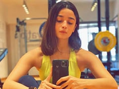 """Alia Bhatt """"Chronicles"""" Her Work Out Struggles, One Pic At A Time"""