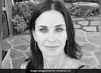 Courteney Cox Shares 3-Ingredient Cheesy Pasta Recipe - Try It Today