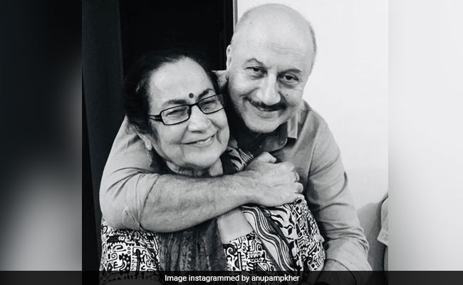 'You Are Loved By Everybody': Anupam Kher's Adorable Birthday Wish For Mother Dulari