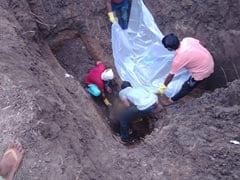 5 Of Madhya Pradesh Family, Missing For Weeks, Dug Out Of 8-Foot Deep Pit