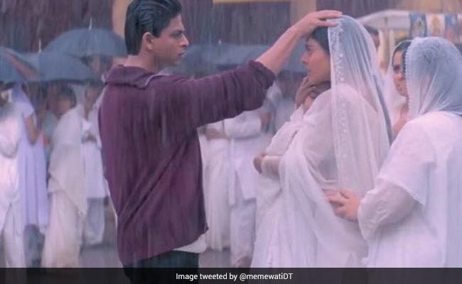 Rahul-Anjali's Iconic Scene From  Kabhi Khushi Kabhie Gham Sparks Meme Fest On Twitter