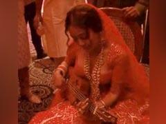 Neha Kakkar Shares Backstage Rehearsal Video From Her Wedding