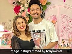 Tony kakkar को आई बचपन की याद, थ्रोबैक फोटो शेयर कर बोले- वो बिना सोई दर्दभरी रातें....