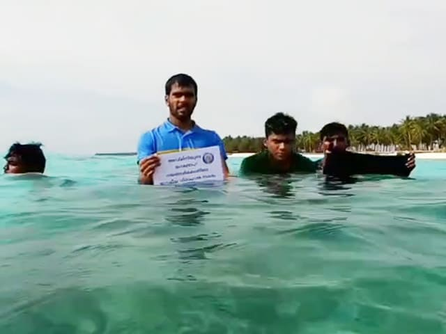 Video : Lakshadweep Protests At Homes, On Beaches, Under Sea