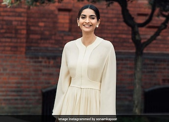 Sonam Kapoor's Unconventional Breakfast Will Leave You Craving Something Sweet