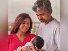 Viral: Shreya Ghoshal Shares First Pic Of Son - Meet Baby Devyaan