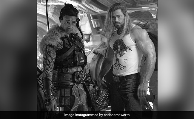 'Muscles The Size Of My Whole Body': The Internet Couldn't Help But Notice Chris Hemsworth's Arm In This Post
