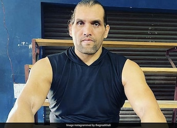 Eat Eggs Every Day, Says The Great Khali While Finishing A Plate Of Boiled Eggs