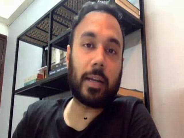 Video : Helped 17,000 People Through WhatsApp ChatBot: Chef Saransh Goila
