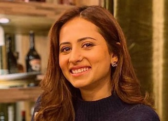 Sargun Mehta Gives Us A Glimpse Of Her 'Afternoon' Breakfast Leaving Us Hungry