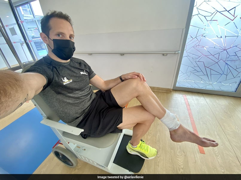 Photo of Tokyo Games: French Olympics Medal Hope Renaud Lavillenie Twists Ankle In Tokyo Run-In