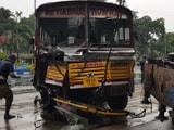 Video : 12 Injured After Bus Crashes Into Fort William Wall In Kolkata