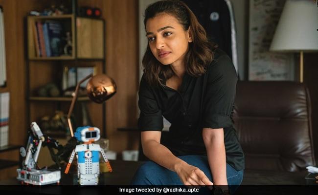 Netflix पर Radhika Apte का नया धमाल, 'मोनिका ओ माय डार्लिंग' का फर्स्ट लुक रिलीज