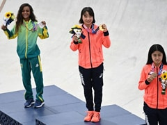 Bonus Prize For An Olympic Medal: 30 Seconds Mask-Free
