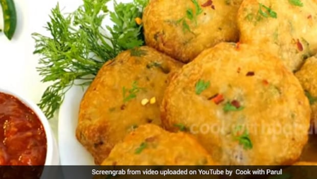 Watch: This Quick And Easy Rice Flour Vada Will Help You Put Together Breakfast In Just 10 Mins