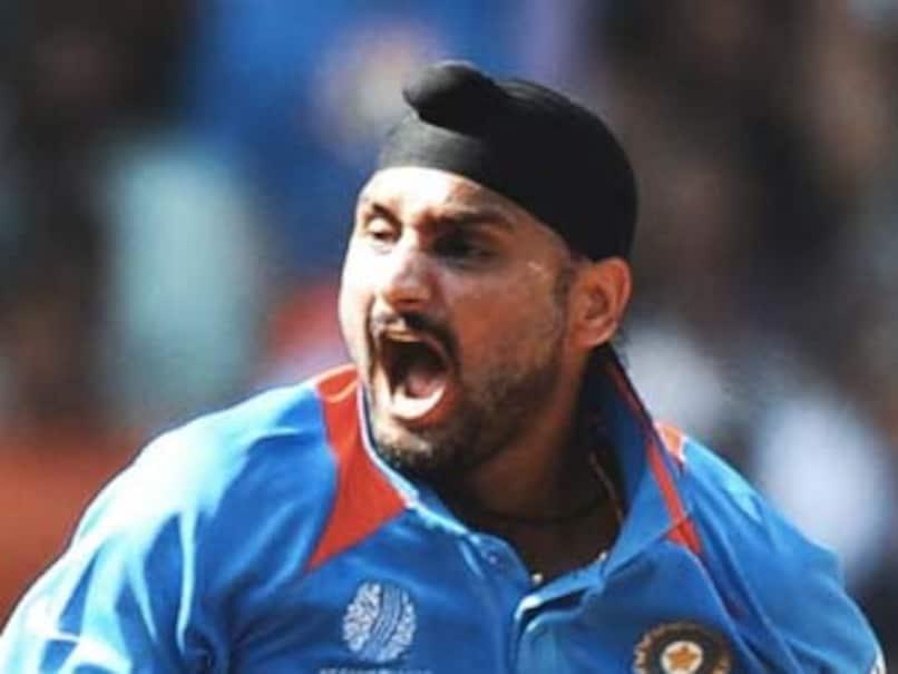 Harbhajan Singh, Mohammad Amirs Ugly Spat On Twitter