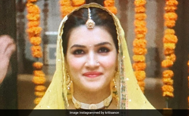 Samantha Ruth Prabhu, Who 'Absolutely Loved Mimi,' Wrote This For Kriti Sanon