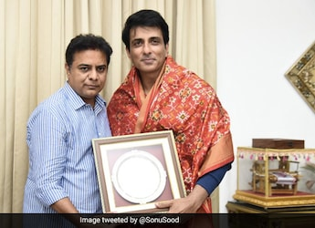Sonu Sood Tweets About 'Best Veg Biryani' And Foodies Are Confused