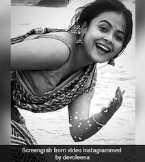 Devoleena Bhattacharjee समंदर की लहरों के साथ यूं खेलती आईं नजर, दिल छू गया एक्ट्रेस का अंदाज