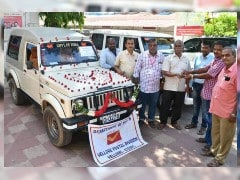 Vellore Postal Staff Bids Farewell To Maruti Gypsy That Served The Department For 22 Years