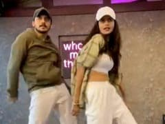 """""""Amazing"""": The Internet's Reaction To Anjini Dhawan's Dance Moves In This Clip"""