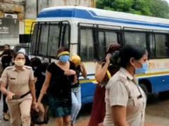 Faridabad: कमेटी की आड़ में देह व्यापार का पर्दाफाश, 15 युवतियों समेत 44 गिरफ्तार