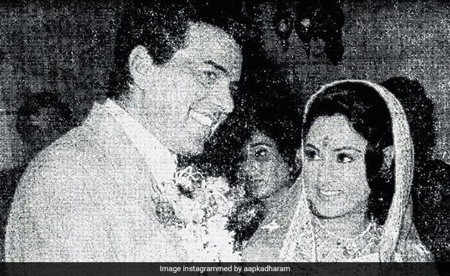 Dharmendra Posts A Throwback Pic With His 'Guddi' Jaya Bachchan As They Reunite For New Film