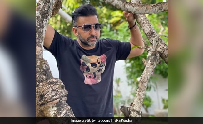 पोर्न वीडियो केस में शुक्रवार तक पुलिस रिमांड में रहेंगे शिल्पा शेट्टी के पति राज कुंद्रा