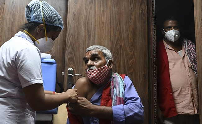 39,742 Fresh Covid Cases In India; 535 Deaths In 24 Hours